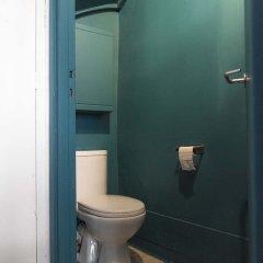 Отель Peaceful Pigalle ванная фото 2
