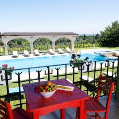 Belizi Hotel Турция, Урла - отзывы, цены и фото номеров - забронировать отель Belizi Hotel онлайн балкон