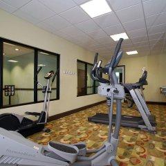 Отель Best Western Plus Manatee фитнесс-зал