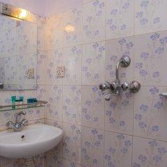 Отель OYO 148 Hotel Green Orchid Непал, Катманду - отзывы, цены и фото номеров - забронировать отель OYO 148 Hotel Green Orchid онлайн ванная