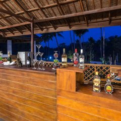 Отель Blue Oceanic Bay гостиничный бар