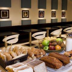 Отель Room Mate Laura Испания, Мадрид - отзывы, цены и фото номеров - забронировать отель Room Mate Laura онлайн питание фото 2