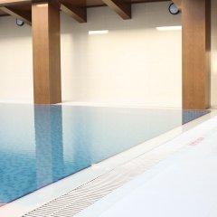 Отель Hyatt Place Dubai Baniyas Square бассейн