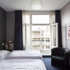 Отель DAmsterdam Leidsesquare Нидерланды, Амстердам - отзывы, цены и фото номеров - забронировать отель DAmsterdam Leidsesquare онлайн комната для гостей фото 2