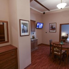 Отель EuroResidence Apartament Home комната для гостей фото 2
