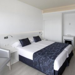 Java Hotel комната для гостей