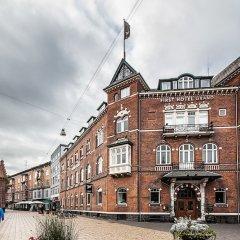 First Hotel Grand Оденсе приотельная территория