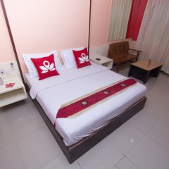 Отель Zen Rooms Surasak 2 Бангкок комната для гостей фото 2