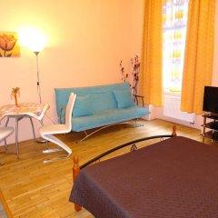 Апартаменты Apartments Comfort Прага комната для гостей фото 3