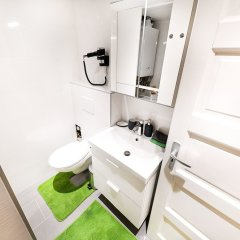 Отель Dfive Apartments - Downtown Forest Венгрия, Будапешт - отзывы, цены и фото номеров - забронировать отель Dfive Apartments - Downtown Forest онлайн ванная