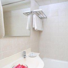 Jacaranda Hotel Apartments ванная