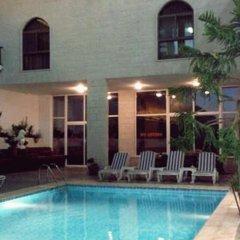 Отель Alanbat Hotel Иордания, Вади-Муса - отзывы, цены и фото номеров - забронировать отель Alanbat Hotel онлайн бассейн фото 3