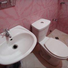 Отель Balayong Pension Филиппины, Пуэрто-Принцеса - отзывы, цены и фото номеров - забронировать отель Balayong Pension онлайн ванная