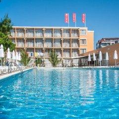 Hotel Riva - All Inclusive бассейн