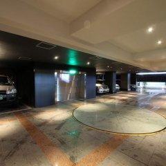 A Seven Hotel парковка