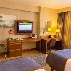 Отель Holiday Inn Istanbul Sisli удобства в номере фото 2