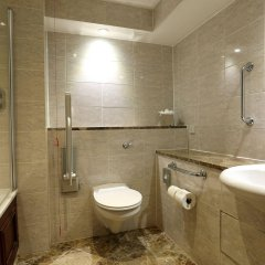 Macdonald Holyrood Hotel ванная фото 2