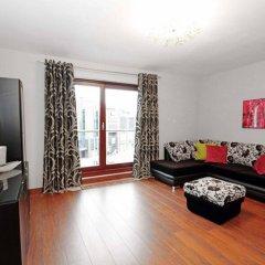 Отель Absynt Apartments Old Town Deluxe Польша, Вроцлав - отзывы, цены и фото номеров - забронировать отель Absynt Apartments Old Town Deluxe онлайн комната для гостей