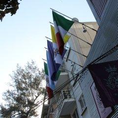 Hostel St. Llorenc Мехико приотельная территория
