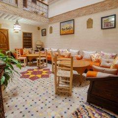 Отель Dar Ikalimo Marrakech питание
