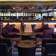 Отель The Claridges New Delhi гостиничный бар
