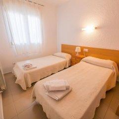 Отель AR Isern Испания, Бланес - отзывы, цены и фото номеров - забронировать отель AR Isern онлайн комната для гостей фото 5
