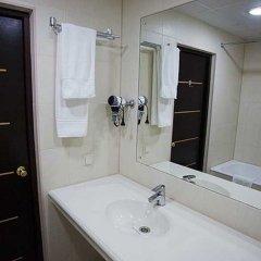 Гостиница Ладога в Санкт-Петербурге 5 отзывов об отеле, цены и фото номеров - забронировать гостиницу Ладога онлайн Санкт-Петербург ванная
