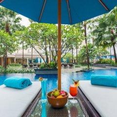 Отель Grand Mercure Phuket Patong сейф в номере