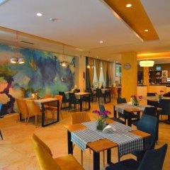 Отель Sandy Beach Resort Албания, Голем - отзывы, цены и фото номеров - забронировать отель Sandy Beach Resort онлайн питание