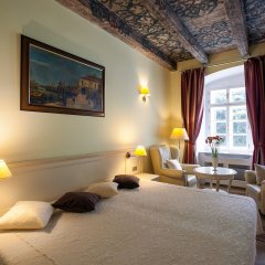 Отель Tyn Yard Residence Прага комната для гостей фото 6