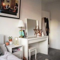 Отель 2 Bedroom Maisonette in Shoreditch удобства в номере