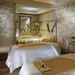 Отель Four Seasons George V Париж спа