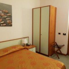 Отель Villa Adriana Монтероссо-аль-Маре удобства в номере фото 2