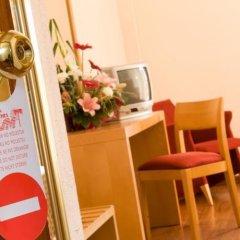 Отель Hsm Don Juan удобства в номере