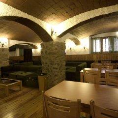 Отель Sant Antoni Рибес-де-Фресер гостиничный бар