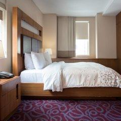 Отель Renaissance New York Hotel 57 США, Нью-Йорк - отзывы, цены и фото номеров - забронировать отель Renaissance New York Hotel 57 онлайн удобства в номере фото 2