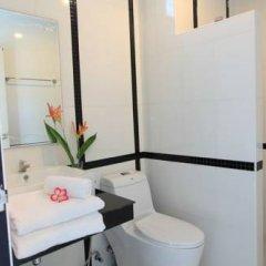 Отель Little Hill Phuket Resort ванная фото 2
