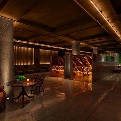Отель PUBLIC, an Ian Schrager hotel США, Нью-Йорк - отзывы, цены и фото номеров - забронировать отель PUBLIC, an Ian Schrager hotel онлайн бассейн