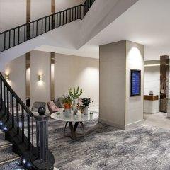 Отель Hilton Edinburgh Carlton бассейн