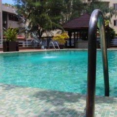 Chapter 1 Luxury Hotel бассейн фото 2