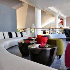 Отель Tahiti Ia Ora Beach Resort - Managed by Sofitel гостиничный бар