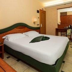 Hotel Patrizia & Residenza Resort сейф в номере