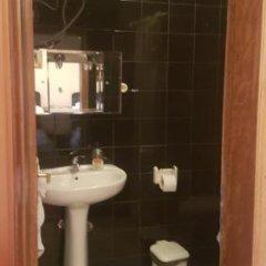 Отель HAXHIU Тирана ванная