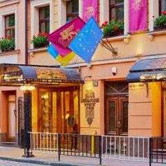 Гостиница Швейцарский Украина, Львов - 5 отзывов об отеле, цены и фото номеров - забронировать гостиницу Швейцарский онлайн вид на фасад