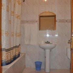 Отель Royal Марокко, Танжер - отзывы, цены и фото номеров - забронировать отель Royal онлайн ванная