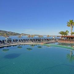 Отель Alua Hawaii Mallorca & Suites бассейн