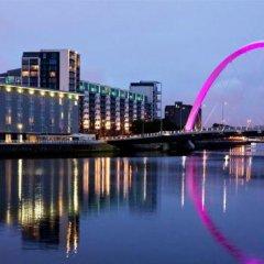 Отель Jurys Inn Glasgow Глазго приотельная территория