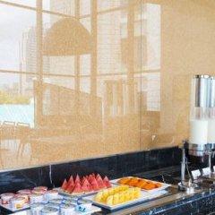 Отель Holiday Inn Express Bangkok Siam Таиланд, Бангкок - 3 отзыва об отеле, цены и фото номеров - забронировать отель Holiday Inn Express Bangkok Siam онлайн бассейн фото 3