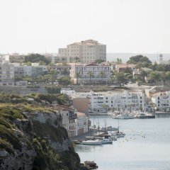 Hotel Port Mahon пляж