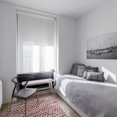 Апартаменты Puerta Toledo Apartment by FlatSweethome комната для гостей фото 2